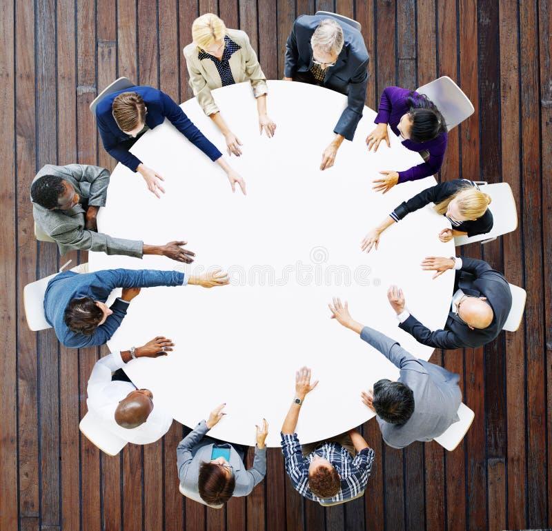 Negocio Team Discussion Meeting Analysing Concept fotos de archivo