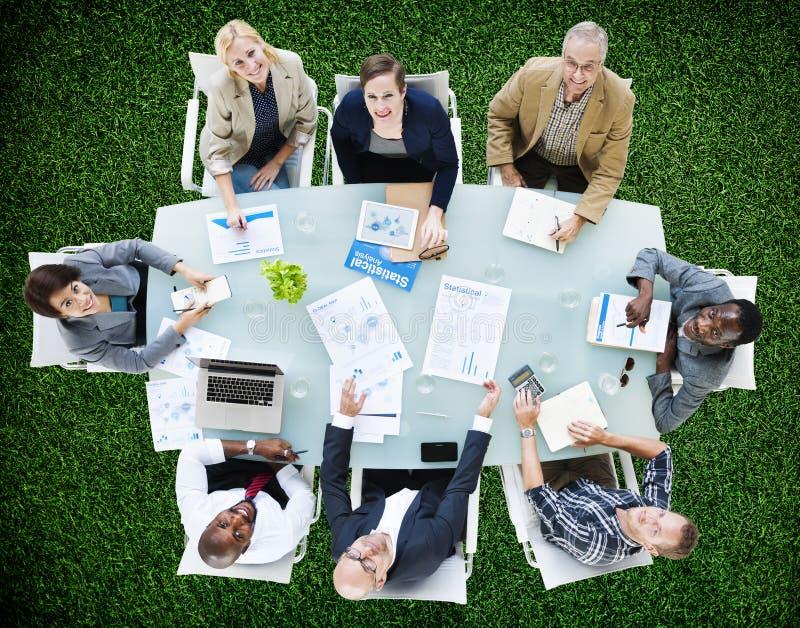 Negocio Team Discussion Meeting Analysing Concept fotos de archivo libres de regalías