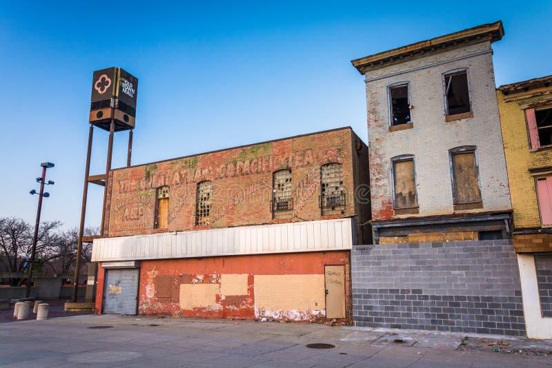 Negozi abbandonati al centro commerciale di Città Vecchia, Baltimora, Maryland immagine stock libera da diritti