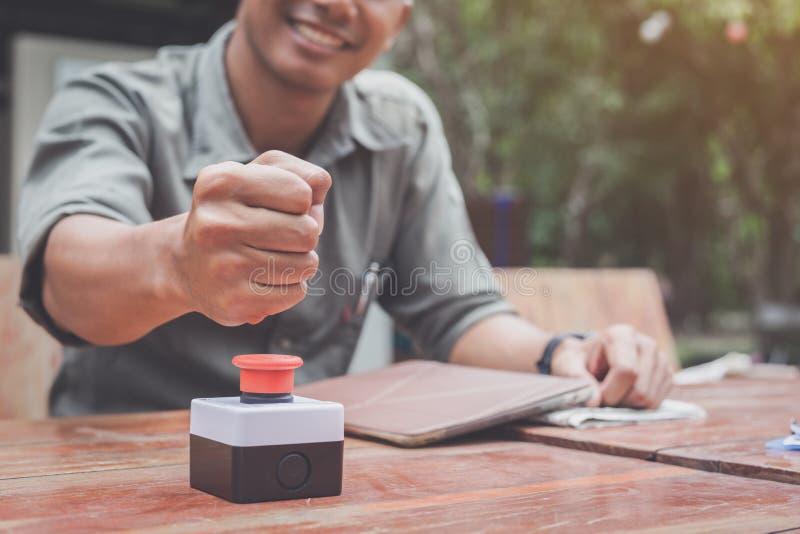 Negoziato dell'affare per firmare contratto con i partner non fatti; fotografia stock
