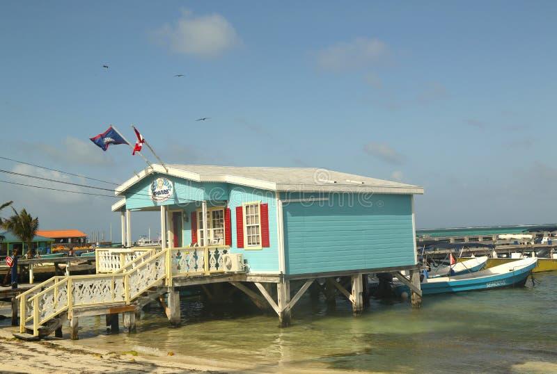 Negozio d'immersione in San Pedro, Belize fotografia stock libera da diritti