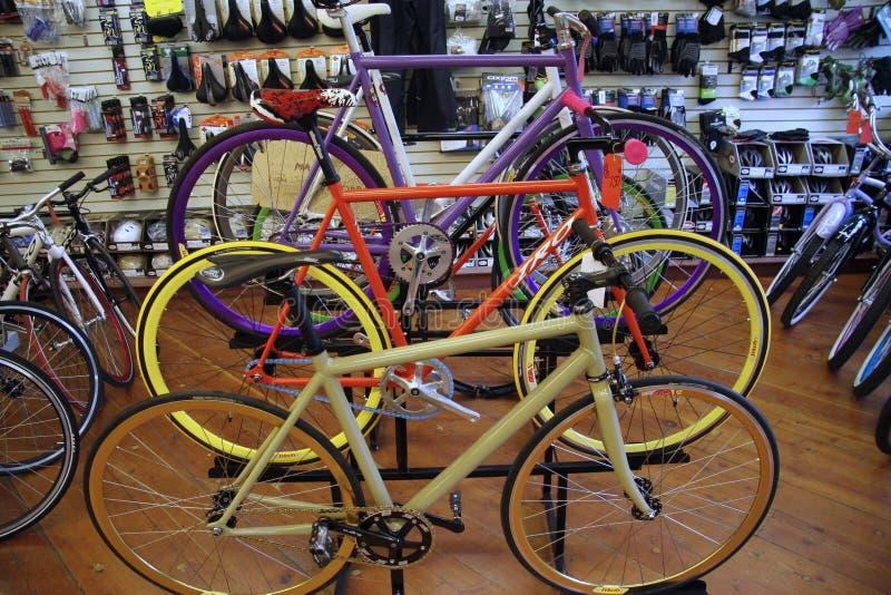 Negozio della bicicletta fotografie stock