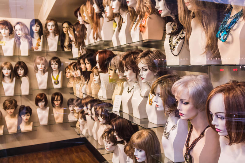 Negozio della parrucca fotografia stock