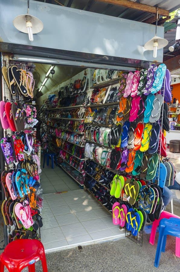 Download Negozio Della Viuzza Nello Stile Tailandese. Immagine Stock Editoriale - Immagine di lifestyles, front: 30829019