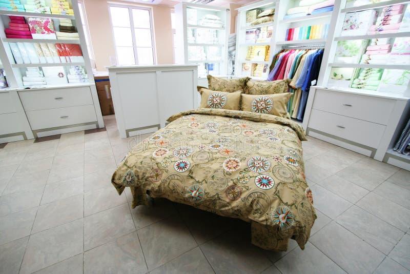 Negozio delle coperte da letto immagine stock
