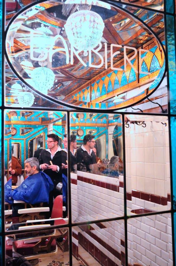 Negozio di barbiere storico a Genova fotografie stock libere da diritti