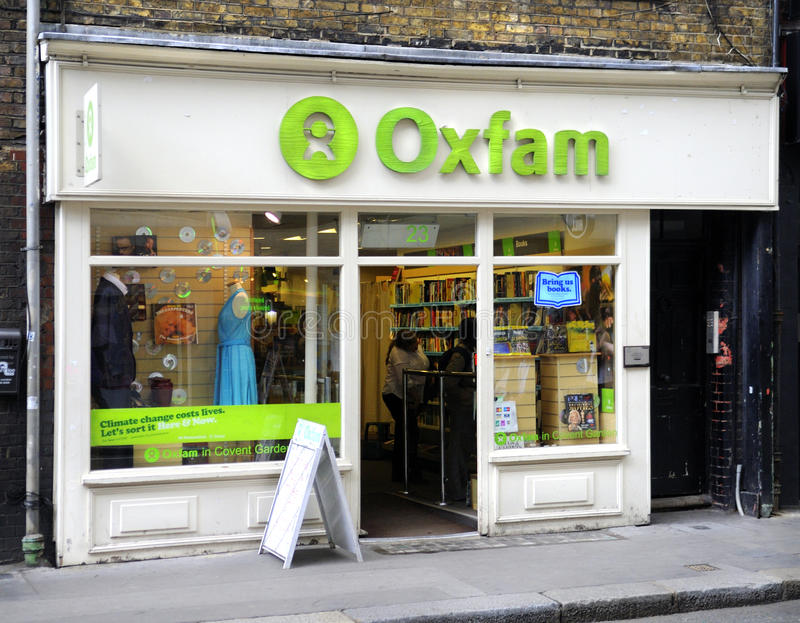 Negozio di carità di Oxfam immagine stock libera da diritti