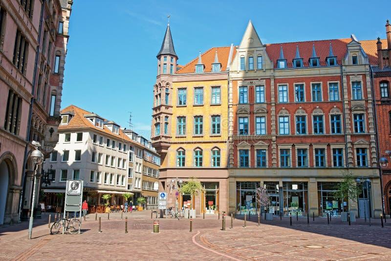 Negozio di libro sul quadrato del mercato a Hannover in Germania fotografia stock