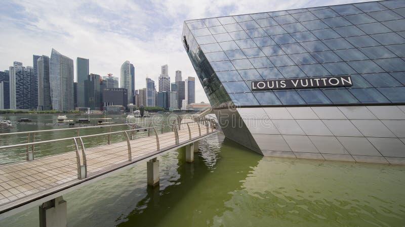 Negozio di Louis Vuitton in Marina Bay Singapore fotografie stock libere da diritti