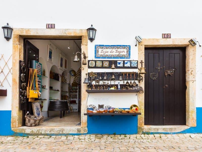 Negozio di mestiere in Obidos, Portogallo immagine stock libera da diritti