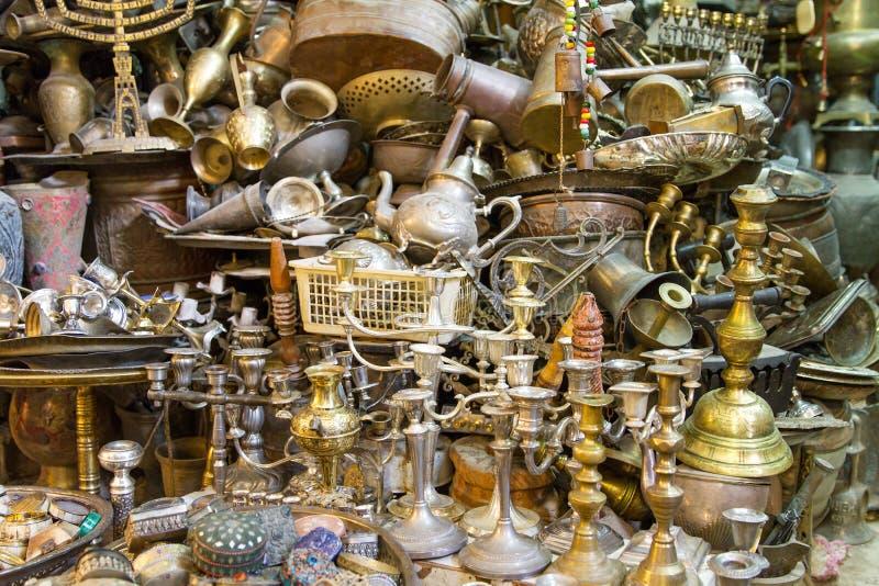 Download Negozio Di Ricordi Nel Quarto Arabo Immagine Stock - Immagine di contatore, lanterna: 56879971