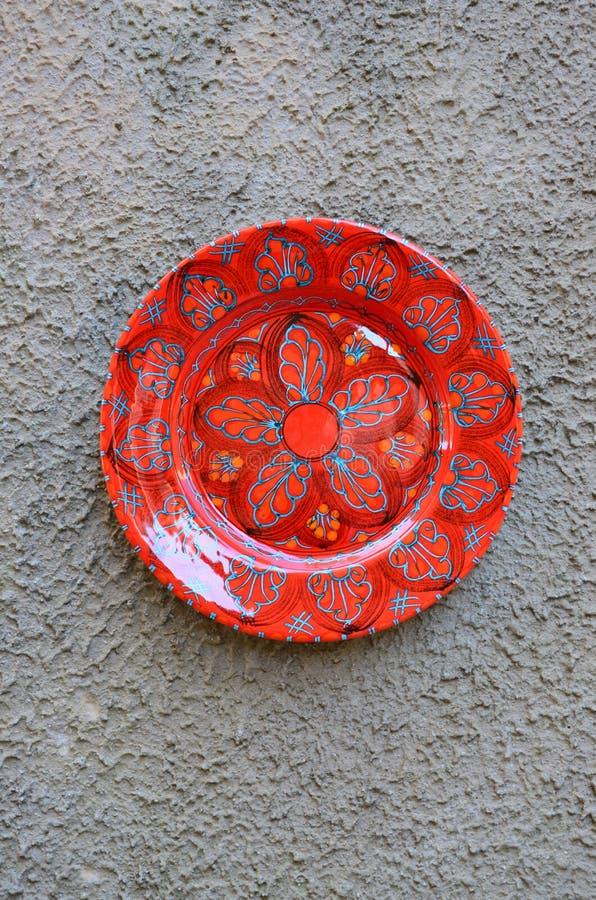 Negozio di ricordo con i prodotti ceramici tipici in Erice fotografia stock libera da diritti