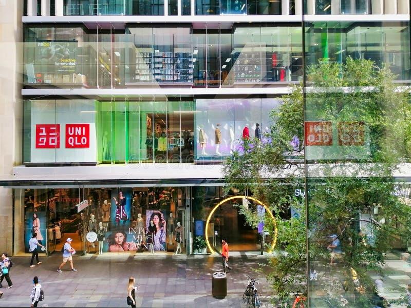 Negozio di UNIQLO, Pitt Street Mall, Sydney, Australia fotografia stock libera da diritti