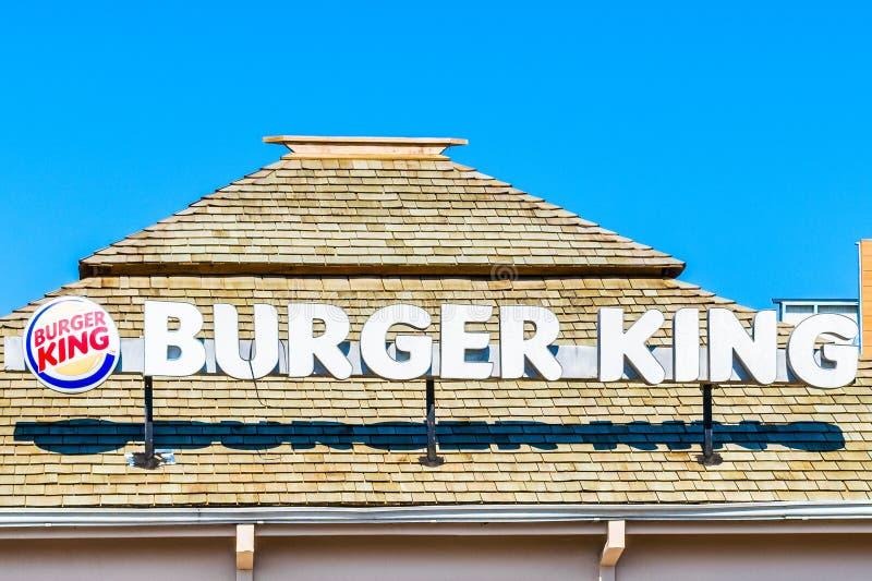Negril Jamaica koncessionfilial av den amerikanska snabbmatkedjan Burger King, en favorit- snabbmatrestaurang bland jamaikaner fotografering för bildbyråer