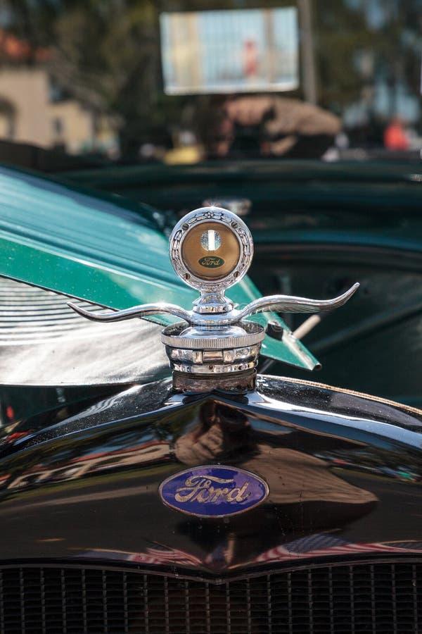 Negro Ford Pickup 1929 en el Car Show cl?sico del 32do dep?sito anual de N?poles imagen de archivo