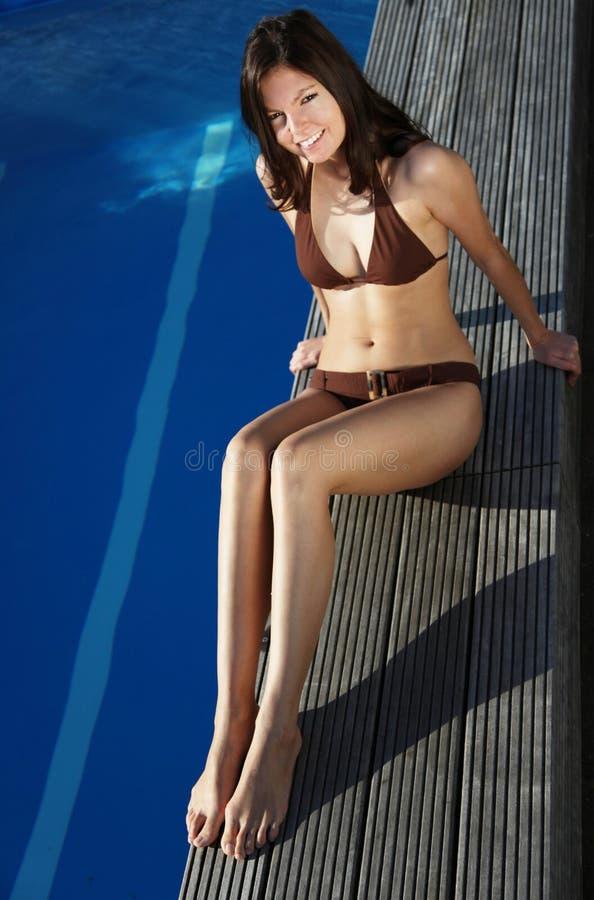 Nehmen eines sunbath stockbilder