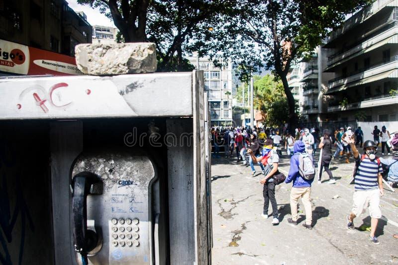 23-01-2019 nehmen venezolanische Protestanten zu den Straßen, um ihre Unzufriedenheit an der illegitimen Übernahme von Nicolas Ma stockfoto