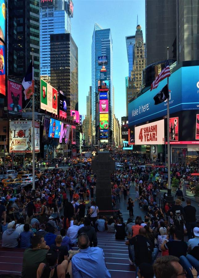 Nehmen von Zeit im Times Square stockbilder