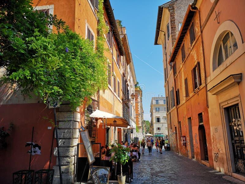 Neiborhood de Trastevere en Roma, Italia foto de archivo libre de regalías