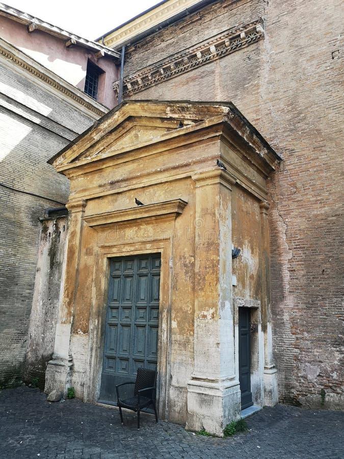 Neiborhood Trastevere в Roma, Италии стоковые фотографии rf