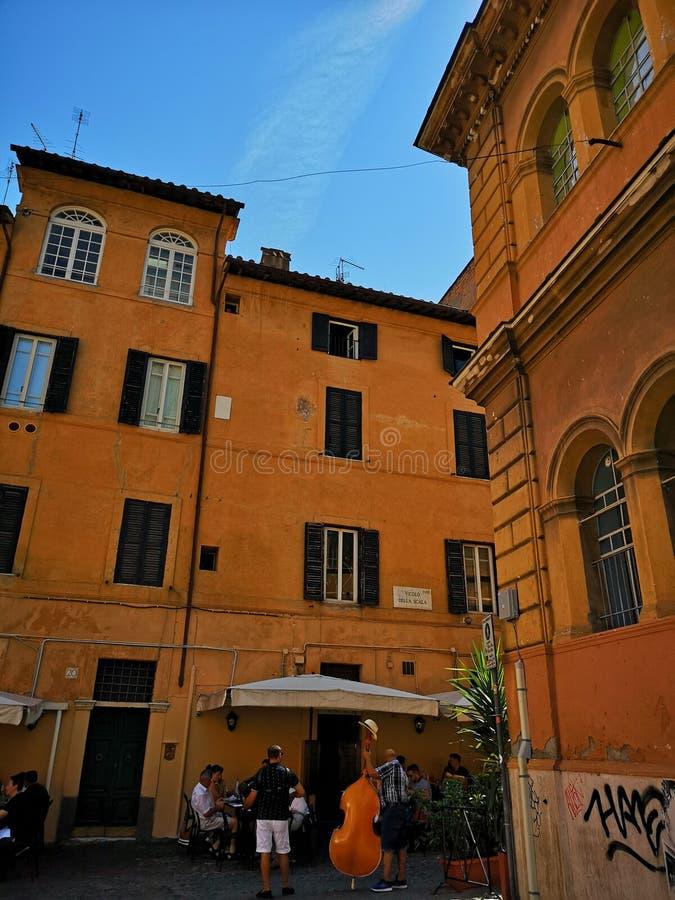 Neiborhood Trastevere в Roma, Италии стоковые изображения rf