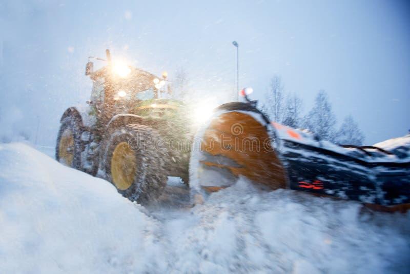 neige de charrue photographie stock libre de droits
