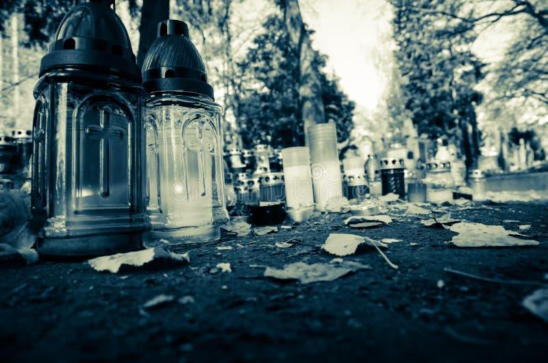 Nel cimitero fotografie stock libere da diritti