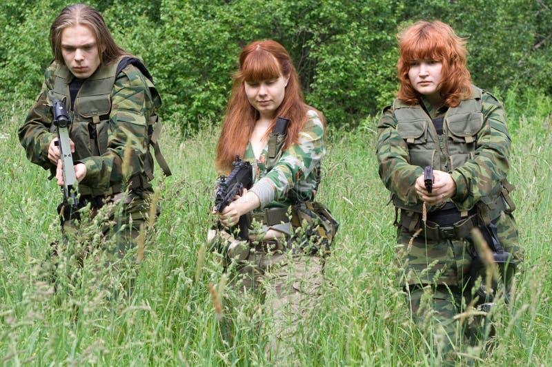 Download Nell'ambito della minaccia immagine stock. Immagine di militare - 7305371