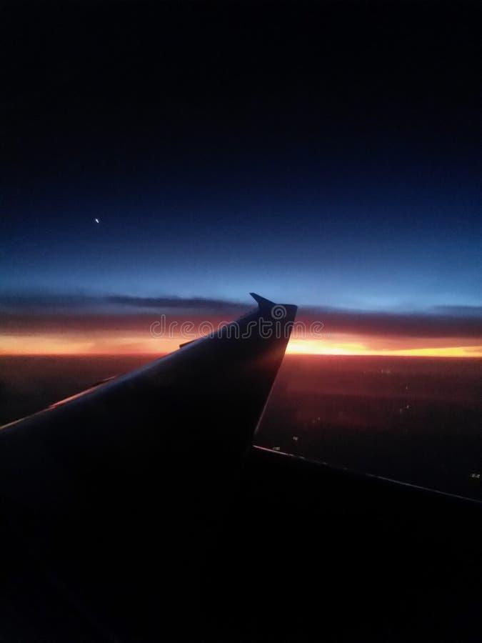Nell'aria alla notte immagine stock