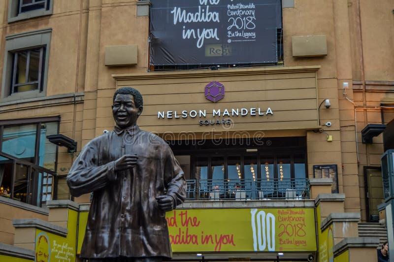 Nelson Mandela Square Piazza in Sandton Johannesburg royalty-vrije stock afbeelding