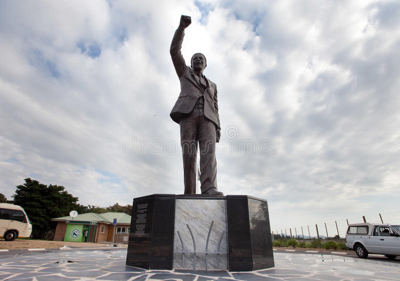 Download Nelson Mandela Statue editorial image. Image of fist - 24483550