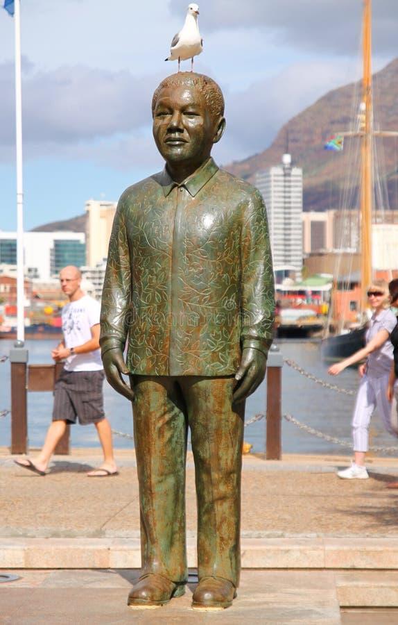 Nelson Mandela staty royaltyfria bilder