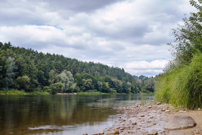 Neman rzeka Przed deszczem obraz stock