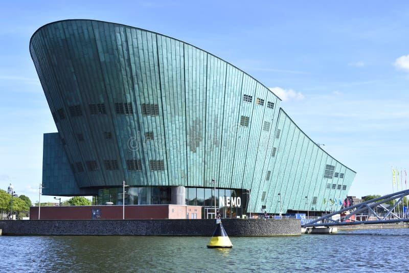 NEMO-wetenschapscentrum van Amsterdam royalty-vrije stock foto