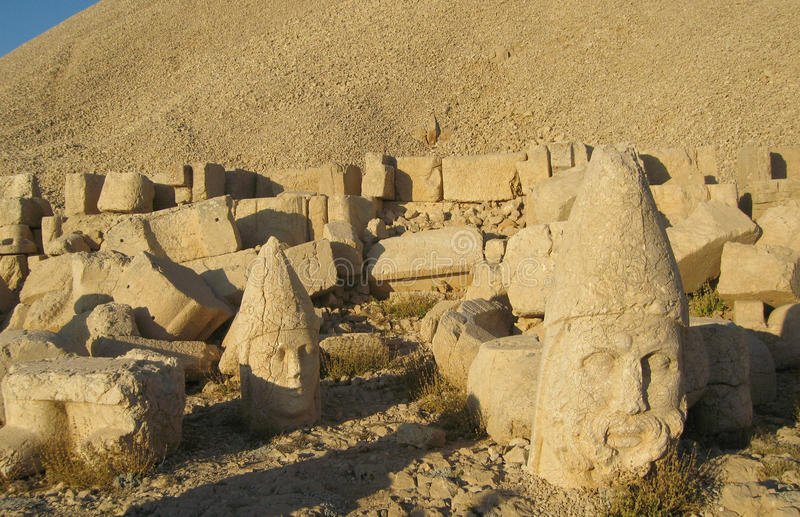 Nemrut Dagı Milli Parki, Mount Nemrut with ancient statues heads og the king anf Gods royalty free stock photo
