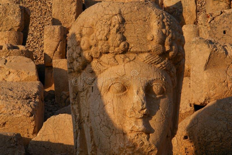 Nemrut - la Turchia - teste delle statue sul supporto Nemrut immagini stock libere da diritti