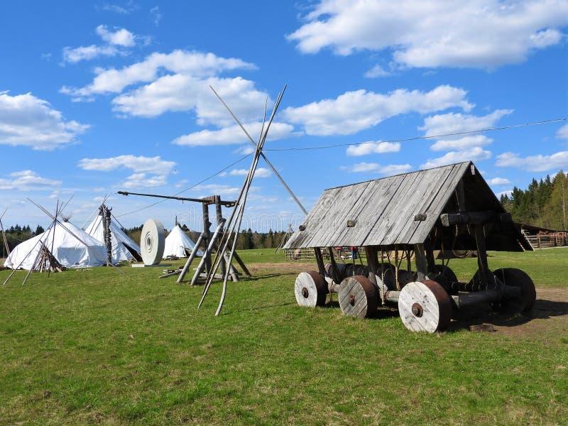 Nenets poganiacz byd?a buda dla lata na ??ce na jasnym dniu, zdjęcie royalty free