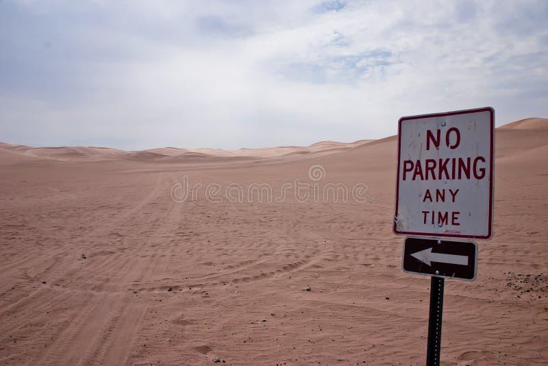 Nenhum estacionamento em qualquer altura que imagem de stock