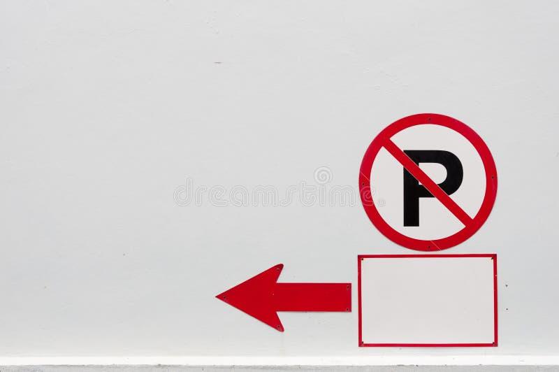 Nenhum sinal do estacionamento fotografia de stock royalty free