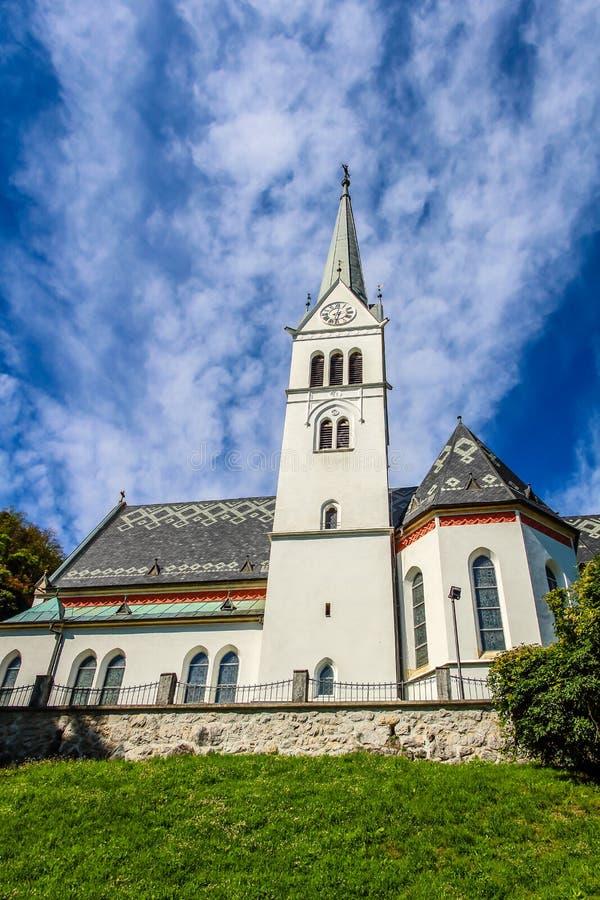 Neo Gotische Kerk van Heilige Martin bij Afgetapt Meer royalty-vrije stock fotografie