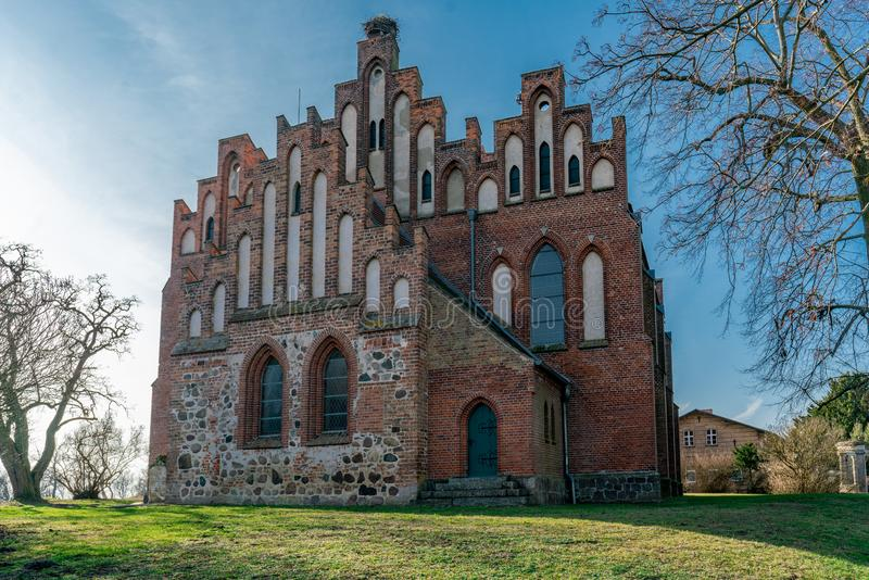 Neogothic церковь в Linum Бранденбурге стоковая фотография rf