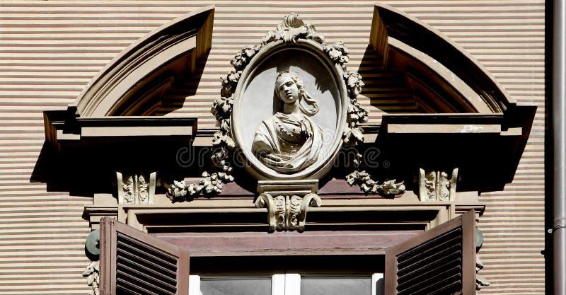 Neoklasyczny okno zdjęcie royalty free