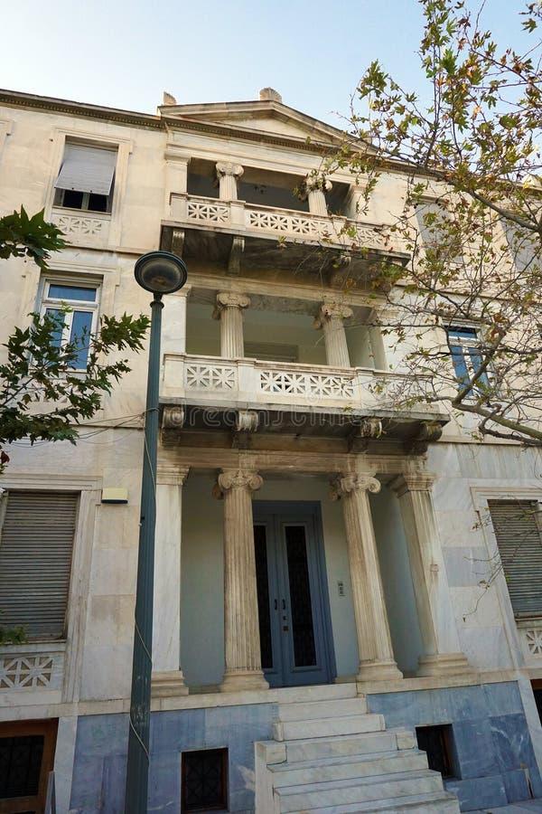 Neoklasyczny pałac w Plaka okręgu obrazy royalty free