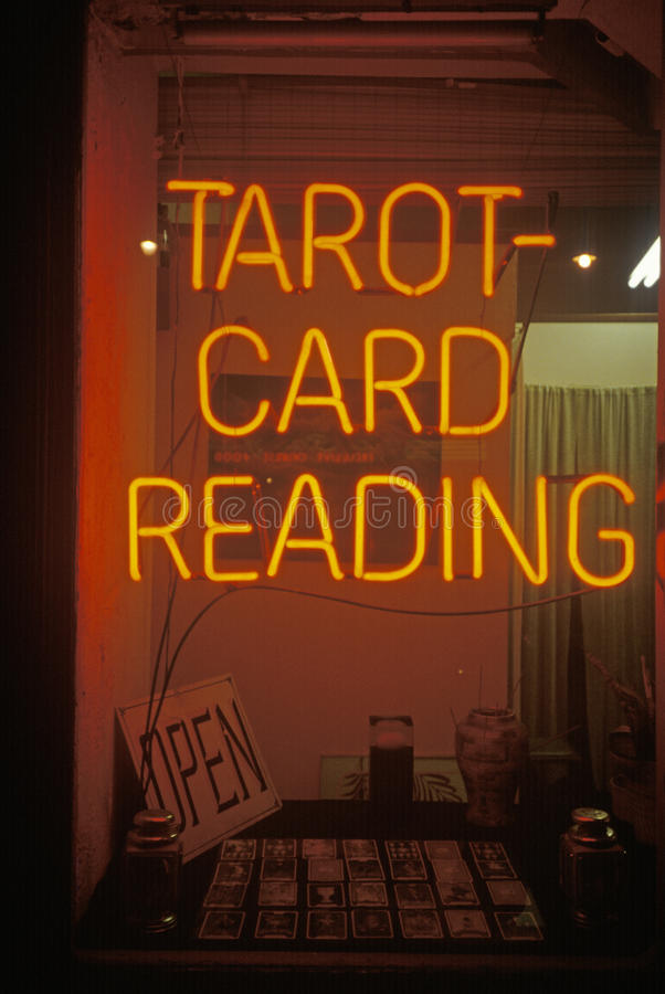 Free Neon Tarot Card Reading Sign In Los Angeles, CA Royalty Free Stock Photo - 52303375