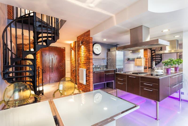 Neonowi światła w kuchni zdjęcie royalty free