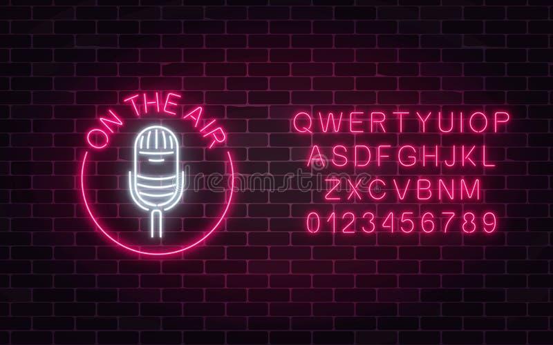 Neonowy na lotniczym znaku mikrofon w round ramie z abecadłem Klub nocny z muzyka na żywo ikoną ilustracja wektor