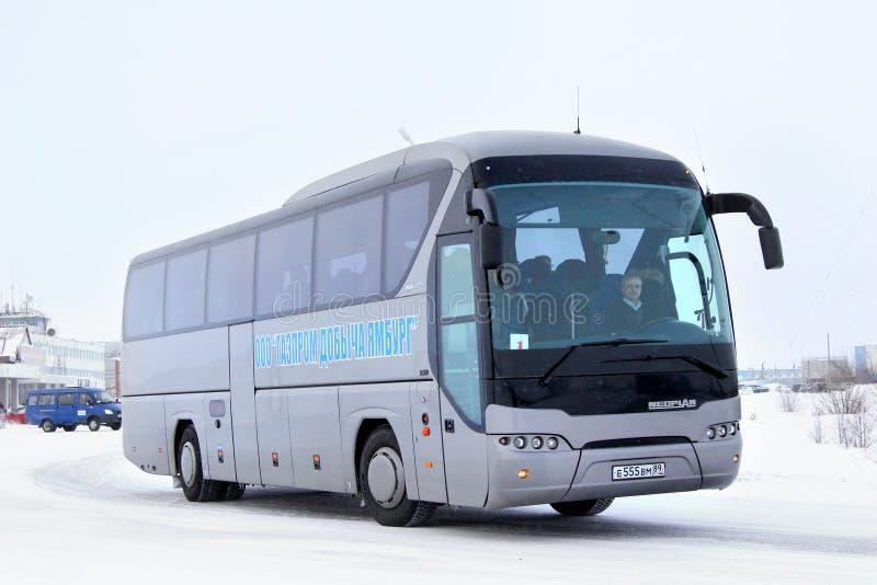 Download Neoplan N2216SHD Tourliner redactionele afbeelding. Afbeelding bestaande uit comfortabel - 39105050