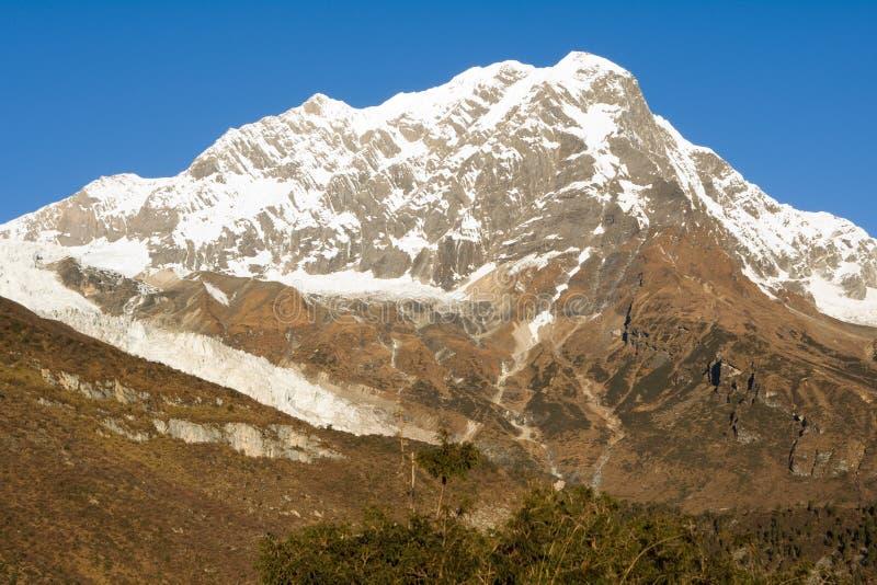 Nepal. De nabijheid van Manaslu van de berg. stock afbeelding