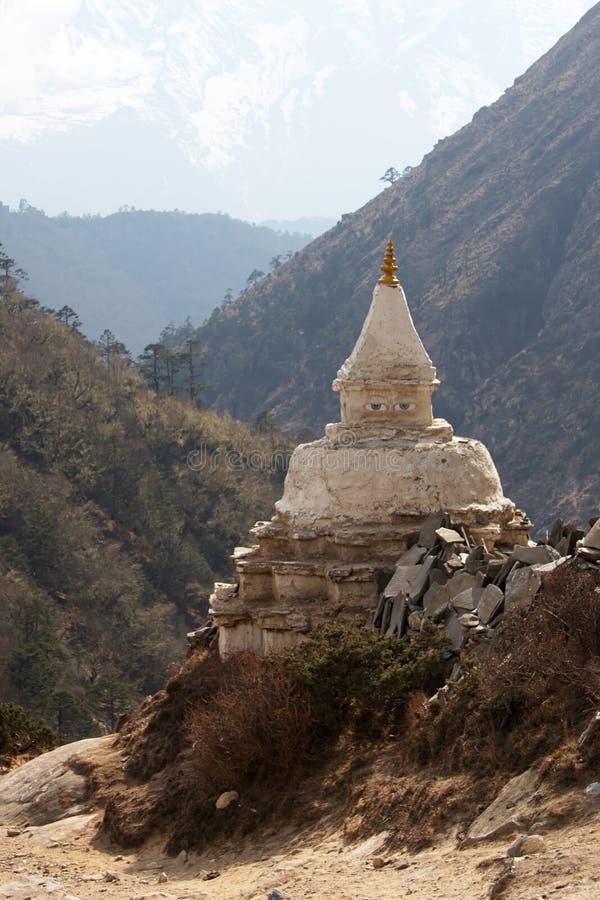 nepal för buddistiska himalayas gammal stupa tibet arkivfoto