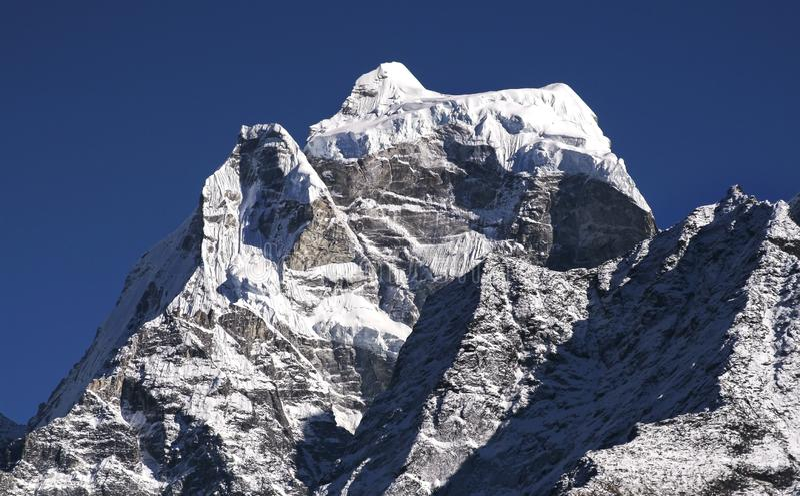 Nepal Himalaya för Kangtega bergmaximum berg royaltyfri bild